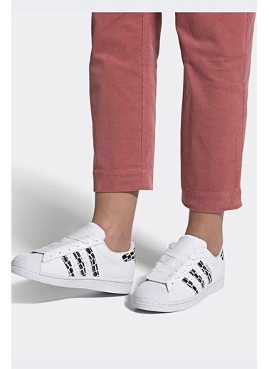 adidas Kadın Superstar Sneakers 289719 Beyaz